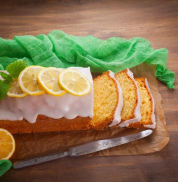 Лимонный пирог с белой глазурью