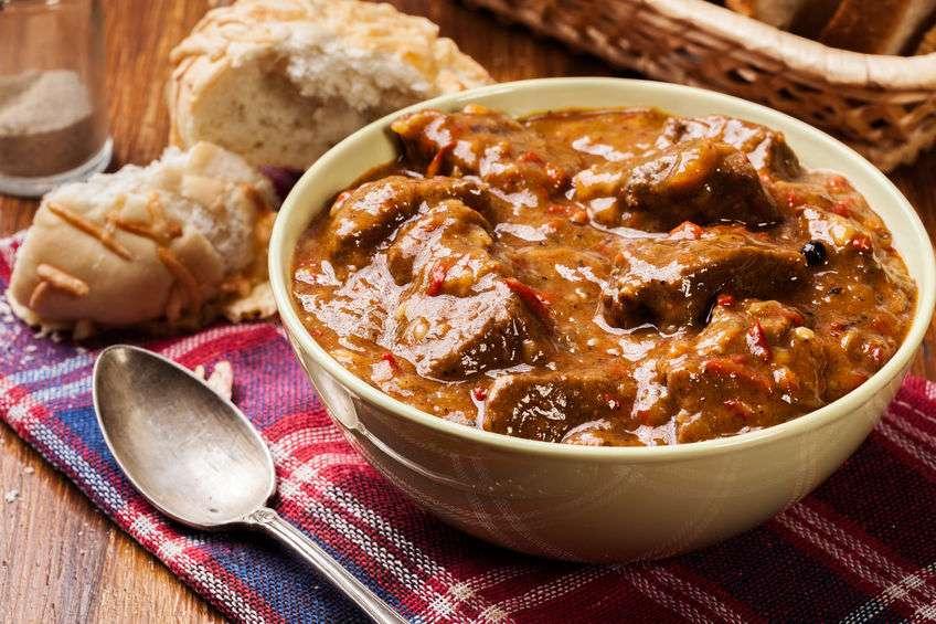 Свинина в пикантном соусе по-польски