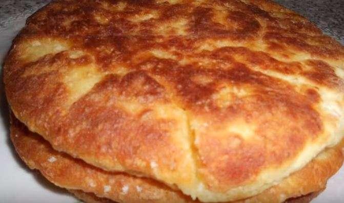 лепешка сырная