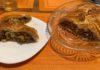 Пирог из слоеного теста с капустой и яйцом
