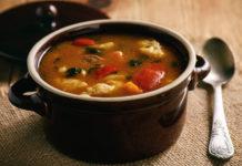 Томатный суп с клёцками