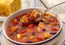 Суп томатный с куриным филе