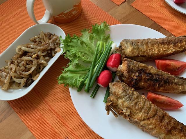 «Ледяная» рыба на сковороде-гриль