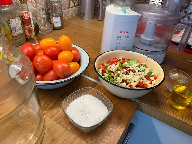 Острая помидорная закуска