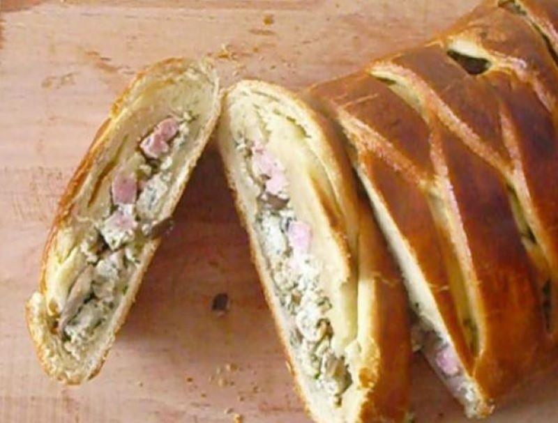 Швейцарский пирог с ветчиной